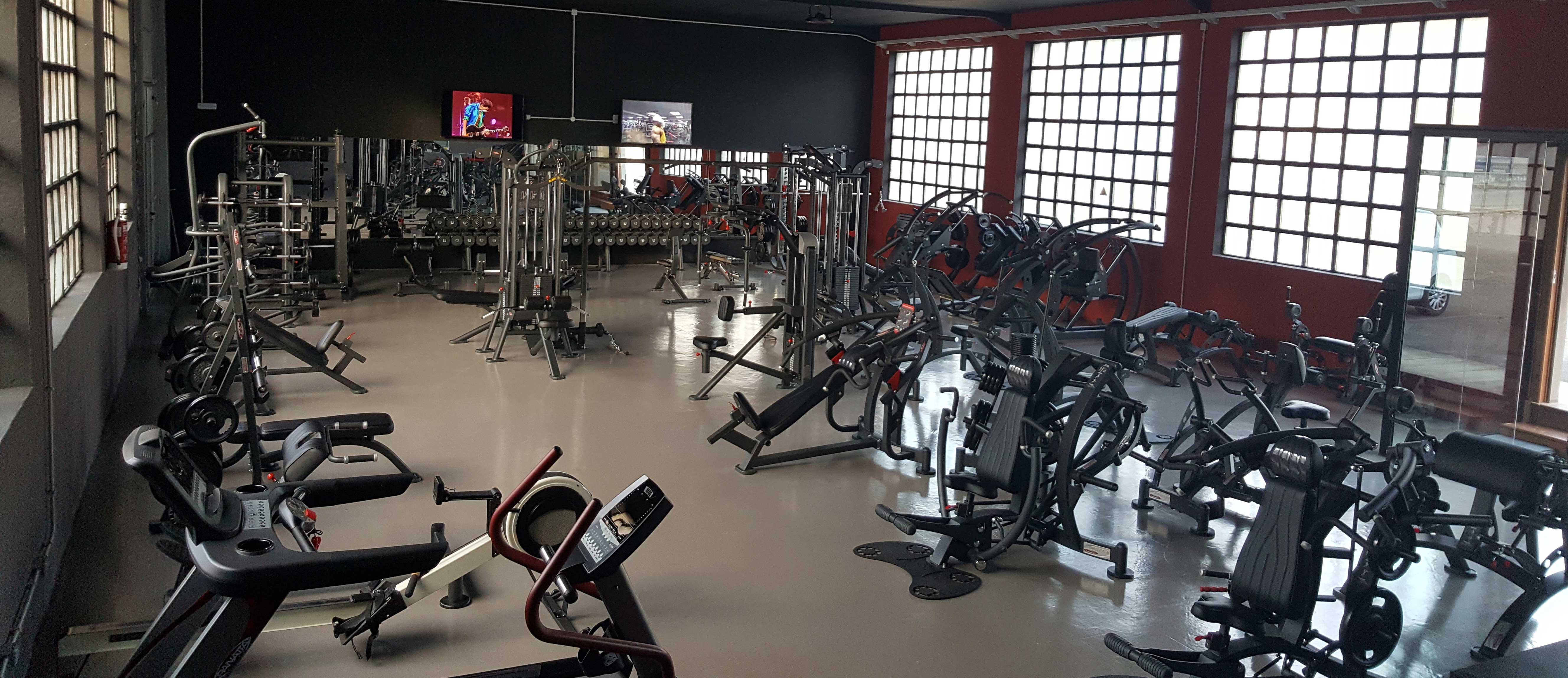 steel gimn s tu gimnasio de musculaci n en terrassa